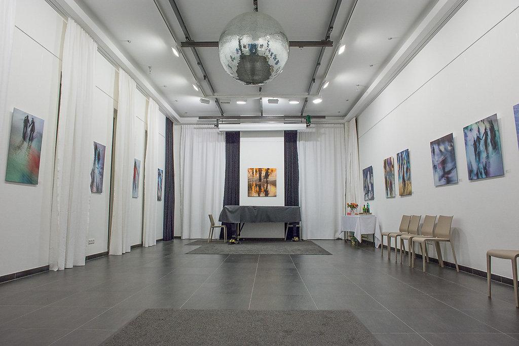 friedrich-erhart-studio-wolf-2017-1.jpg